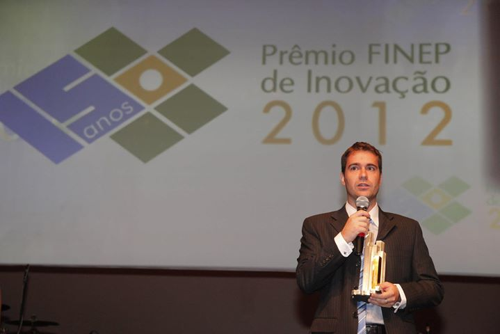 Marcos Vinicius Fier Girotto, do Instituto Gia, vencedor da categoria Tecnologia Social.